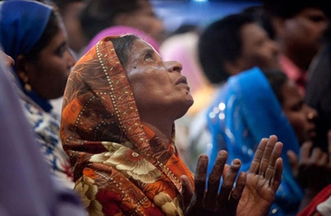 Família cristã é espancada e expulsa de casa por radicais hindus, na Índia
